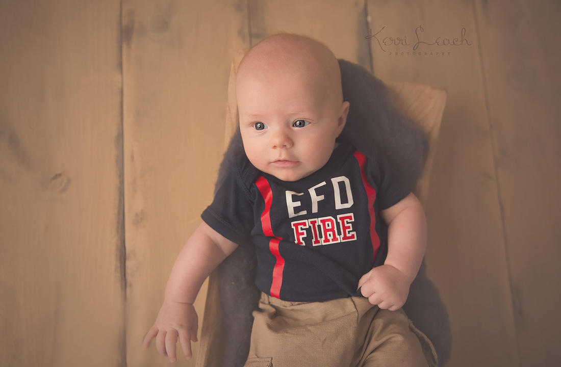 Kerri Leach Photography-Evansville IN newborn, child, family photographer-Evansville newborn photographer