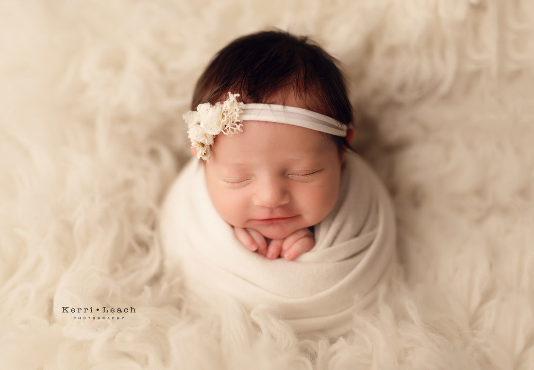 Evansville, IN Newborn photographer | Newborn photography bean bag poses | Newborn photography | Newburgh, IN newborn photography studio | Photography studio Newburgh, IN | Newborn potato sack pose
