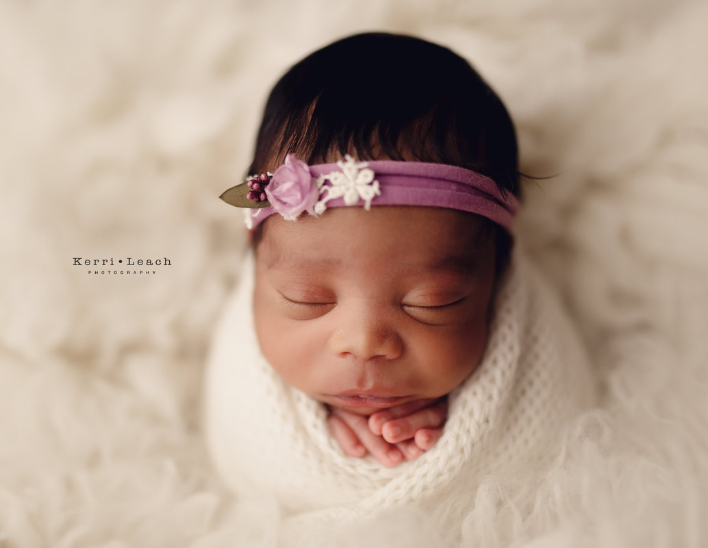 Newborn potato sack pose | Newborn poses| Kerri Leach Photography | Newborn photographer in Evansville, Owensboro, Newburgh | Newburgh, IN newborn photographer